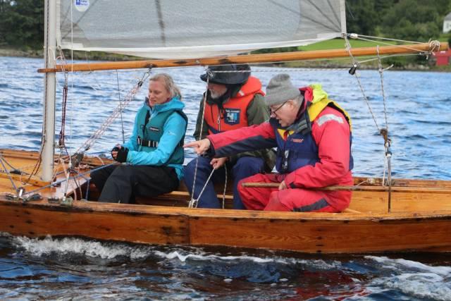I løpet av 2017 vil mange få opplæring i bruk av kystlagets båter. Foto Kjell Magnus Økland